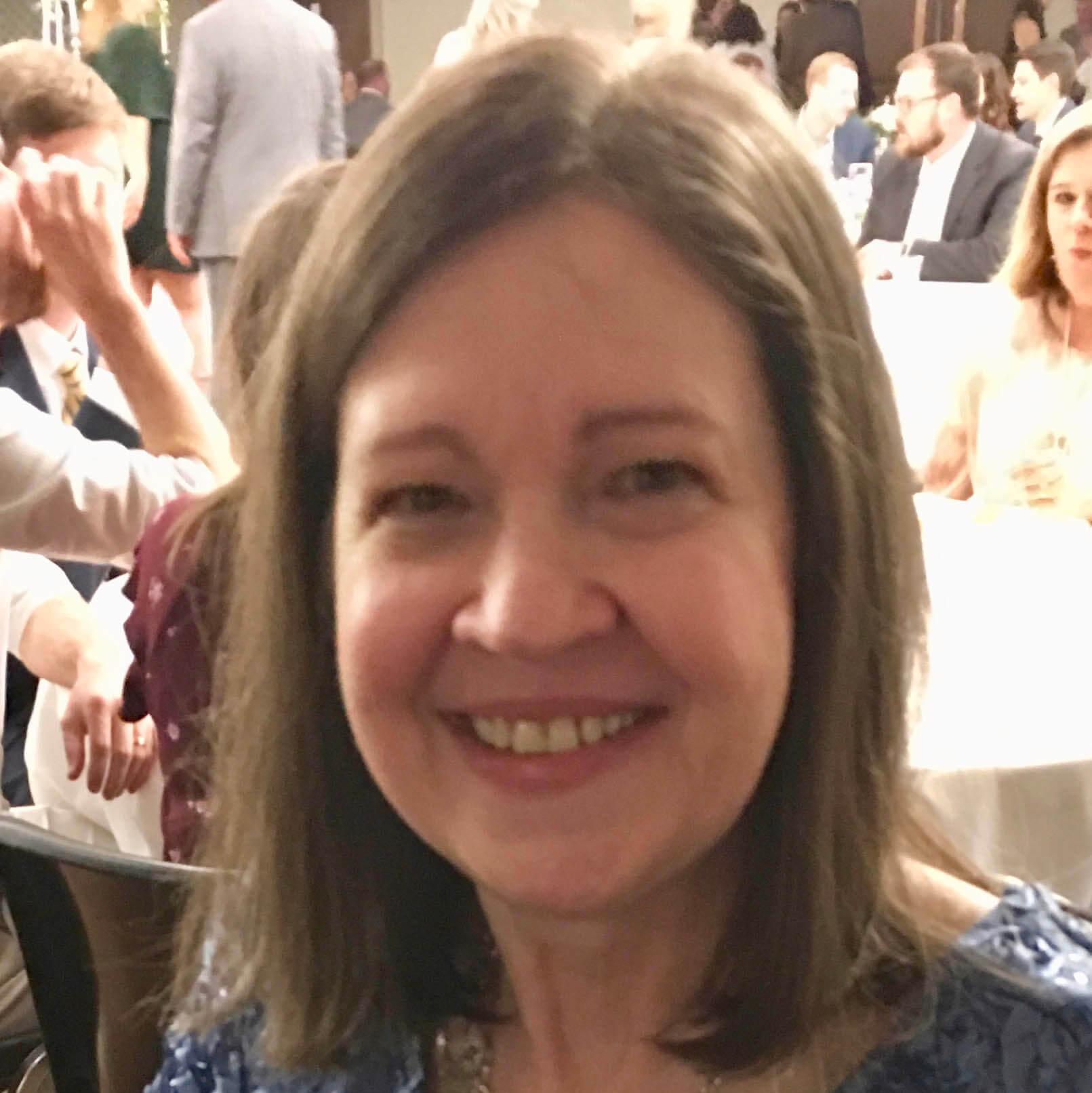 Headshot of Cathe Cleveland